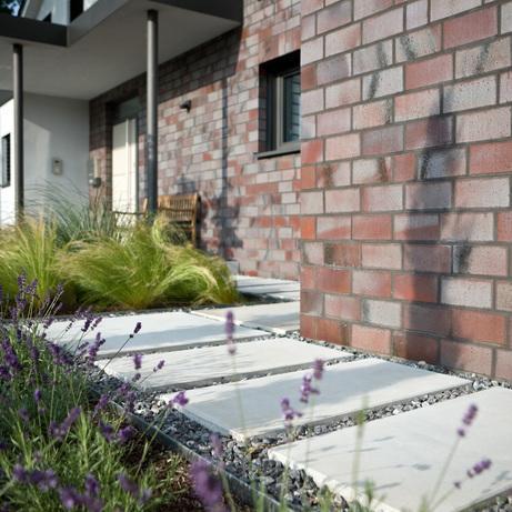 Gartenmauern Zum Wohlfuhlen Haus Garten Inspirationen Klostermann Beton Wir Leben Betonstein